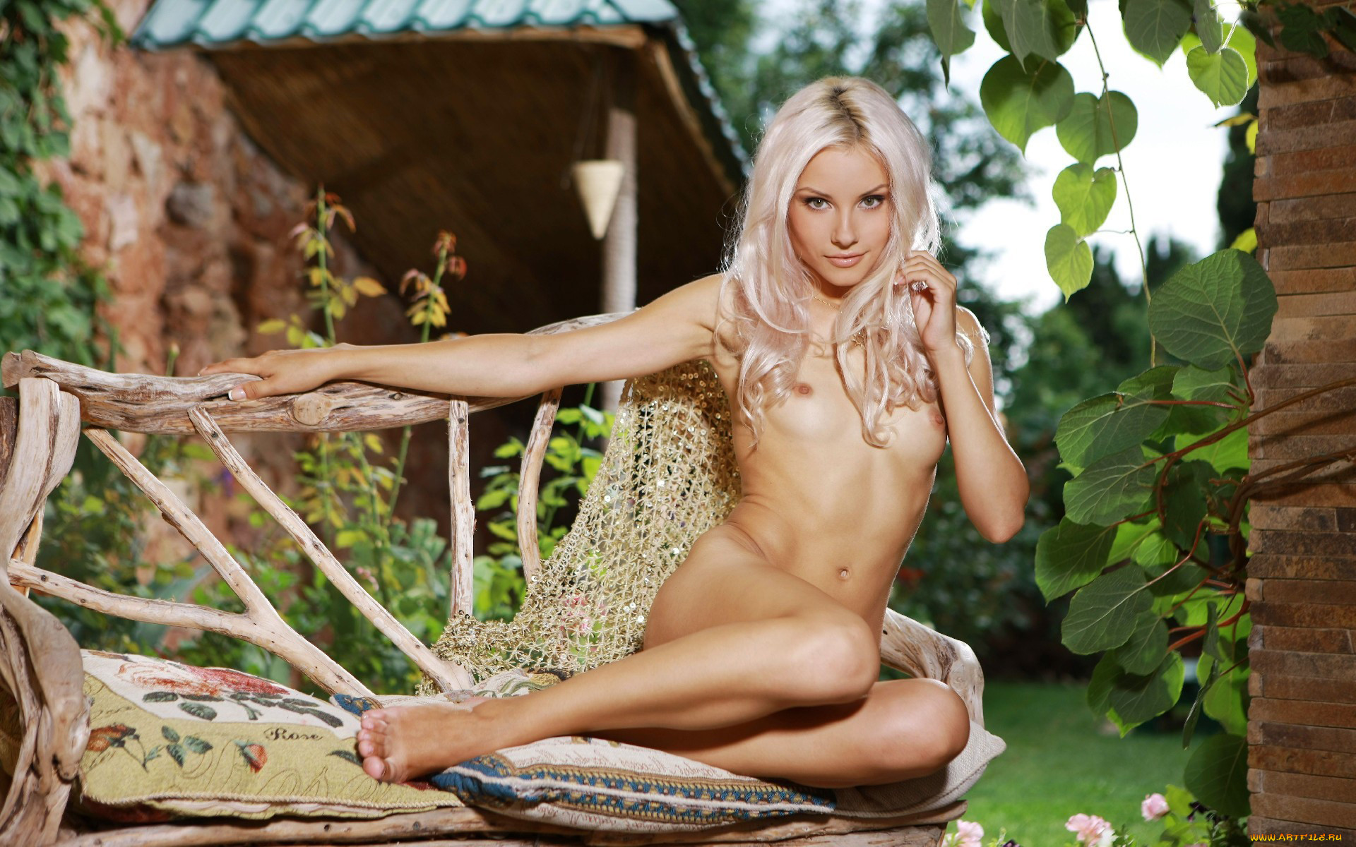 Sarah Adelia Naked Pictures